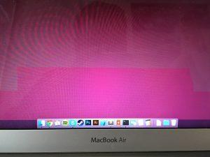 полосы на экране макбук аир