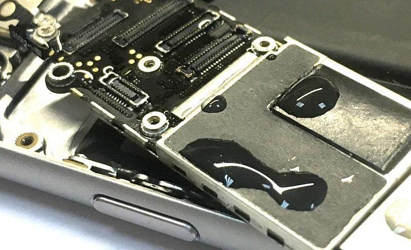 Ремонт после попадания влаги iPhone 5