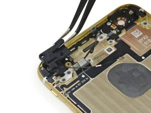 Замена антенны Wi-Fi iPhone 6 Plus