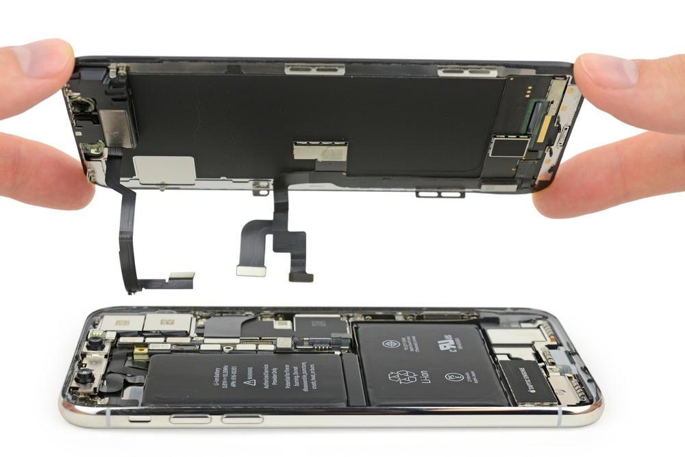 Замена дисплея iPhone X в Москве