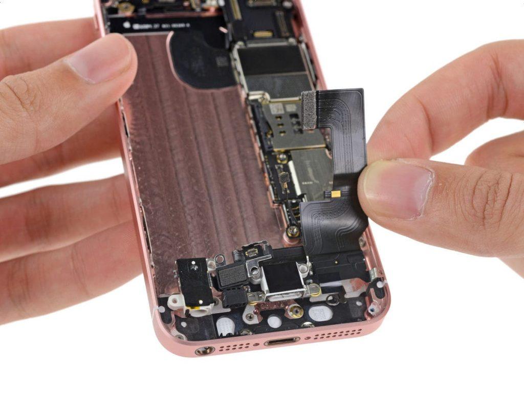 замена разъема зарядки iphone se