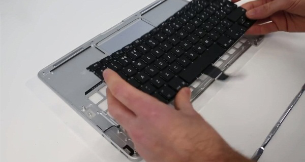 macbook air замена клавиатуры