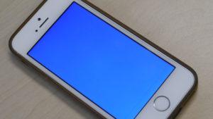 синий экран iphone