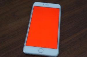 красный экран iphone